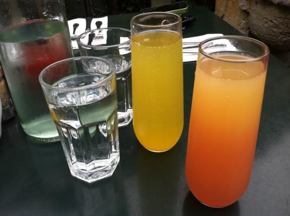Mimosa cocktails Zazie