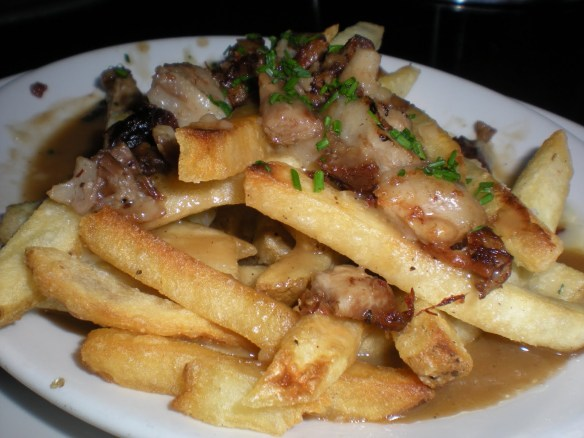 Gravy fries Hog & Rocks