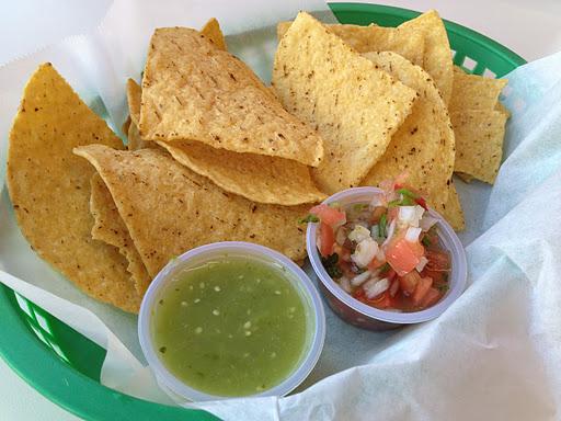 Chips and salsa Taqueria San Jose