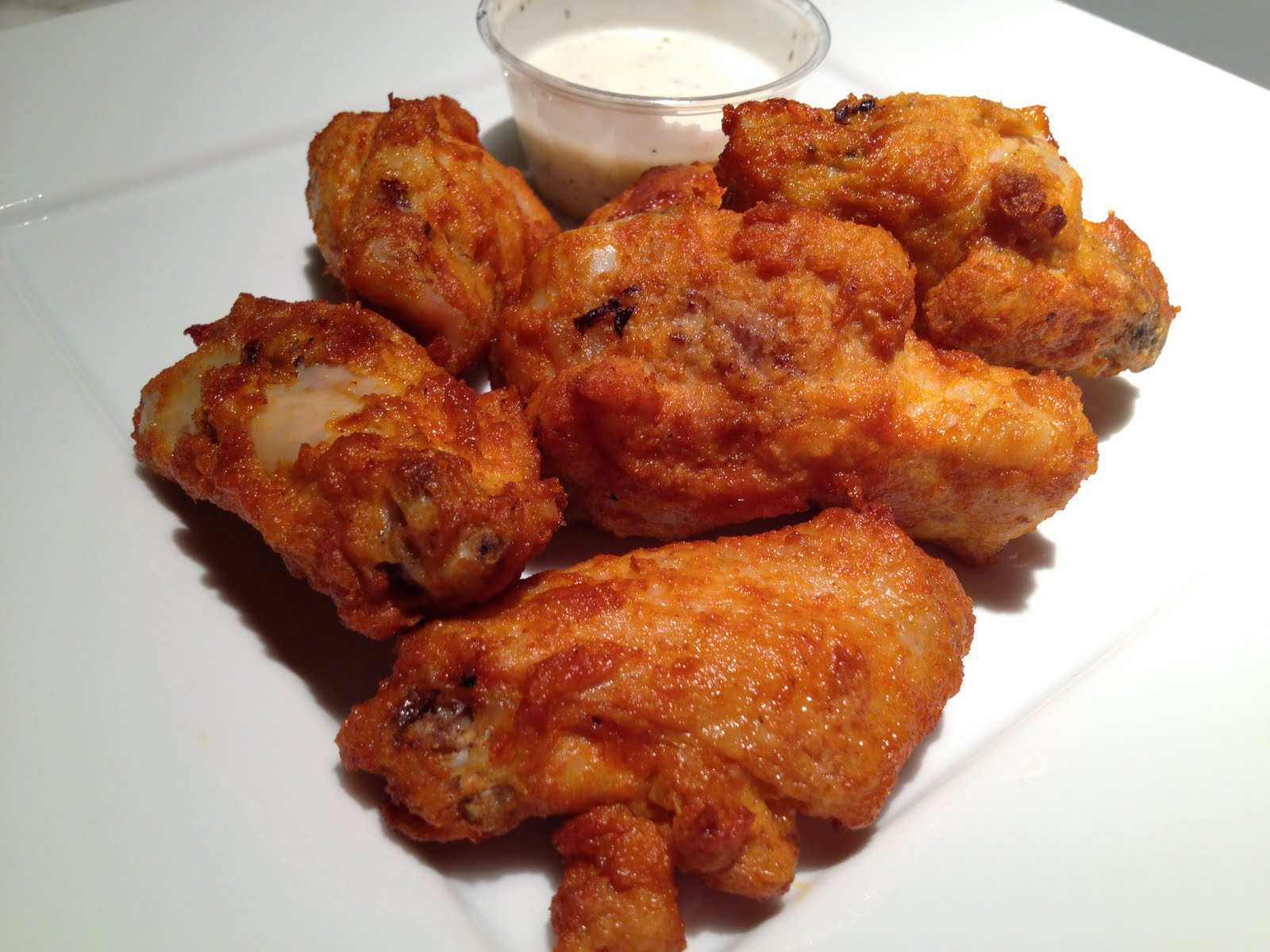 Round Table Pizza Wings.Spicy Buffalo Wings Round Table Pizza Vittle Monster