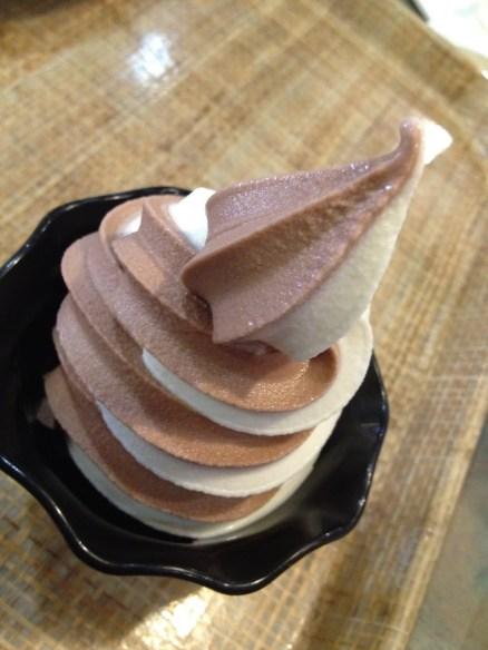 Swirl soft serve Fresh Choice
