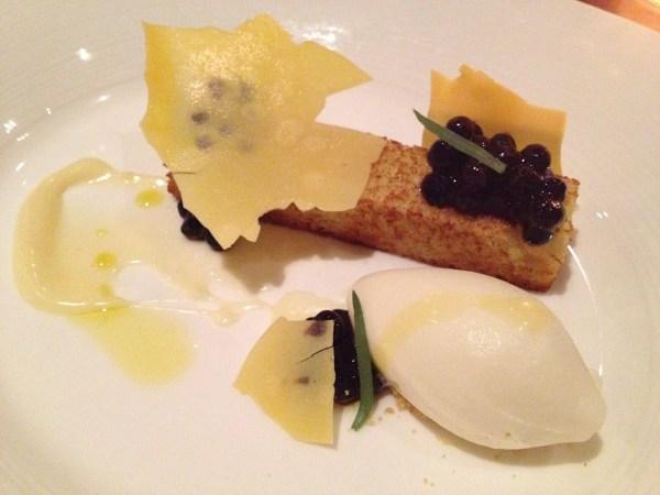 Caramelized olive oil cake RN74
