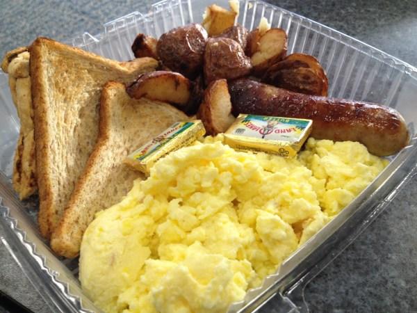 Classic breakfast Wolfgang Puck Express