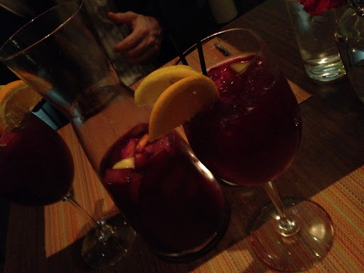 Red sangria Canela